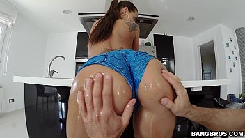 epic well-lubed up rump and hooters