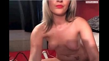 web cam gal toying faux-cock