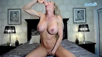 Vicki Chase big ass big tits Latina anal and vagina masturbation.