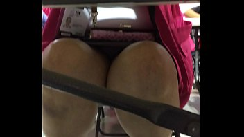 Madura Capacitadora Electoral Chihuahua bajo la falda