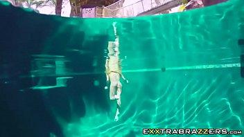 naughty three way with kinky jade jantzen on pool