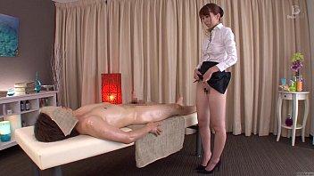 subtitled traditional japanese bottomless rubdown yui.