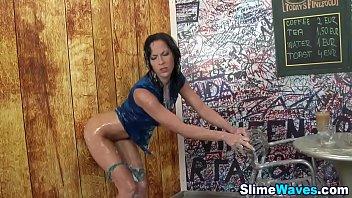 glam honey mass ejaculation slimed