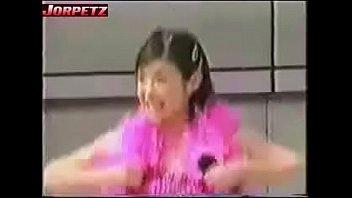 nip slip - japanese chick dancing