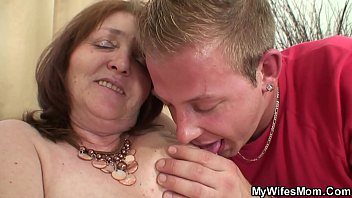 he lures wifes mom into taboo.