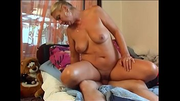 supah hot cougar romps youthfull boy