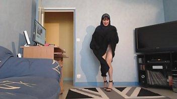 musulmane seins nus sous sonnie jilbab