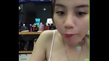 Bigo live asian hot girls in home af Vietnam