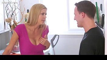 alexis fawx honey meaty titty cougar naughty for step-stepson