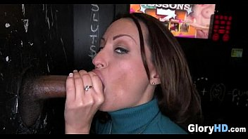 Cock Sucking in the Glory Hole 04