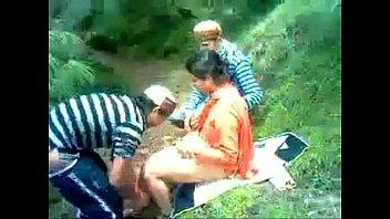 indian school women out side boink